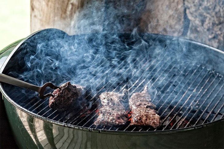 how to use a vertical offset charcoal smoker