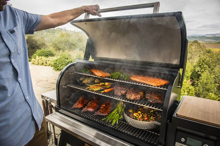 traeger wood fire grill reviews