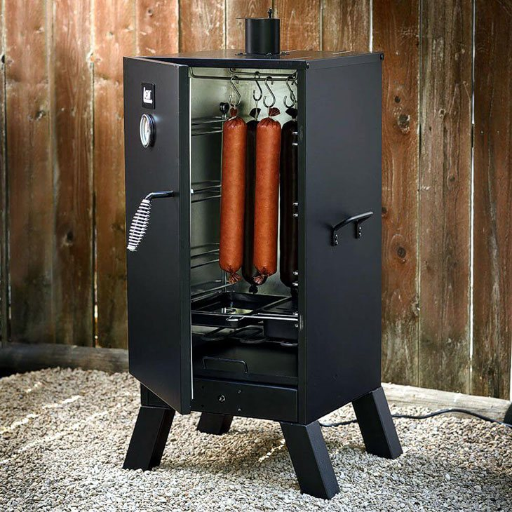 how does an electric meat smoker work